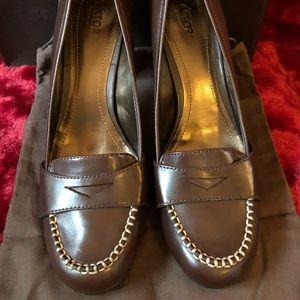Victor Alfaro heeled loafers